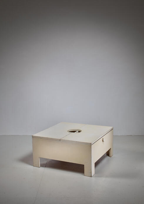 Bloomberry - White wooden bar/table with inside storage, Brianza, 1966