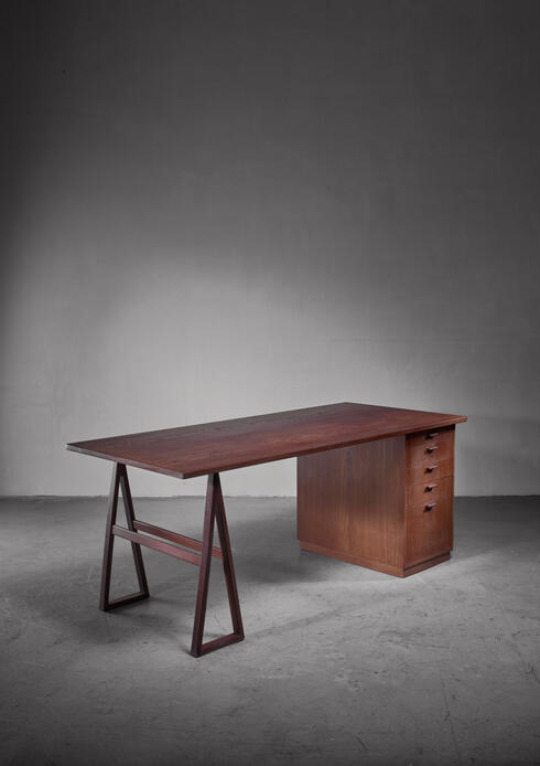 Bloomberry - Teak veneered desk, Sweden