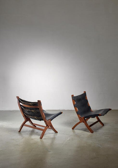 Bloomberry - Pair of wood and leather sling chairs, 1950s