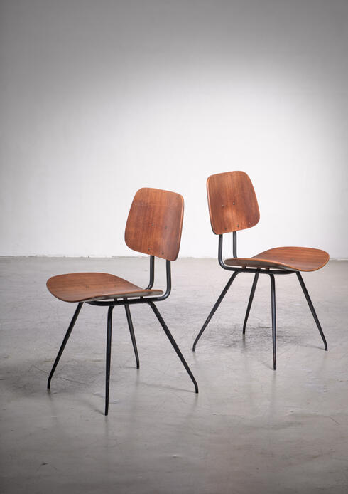 Bloomberry - Pair of 'DU 12' chairs by Mario Rinaldi for RIMA