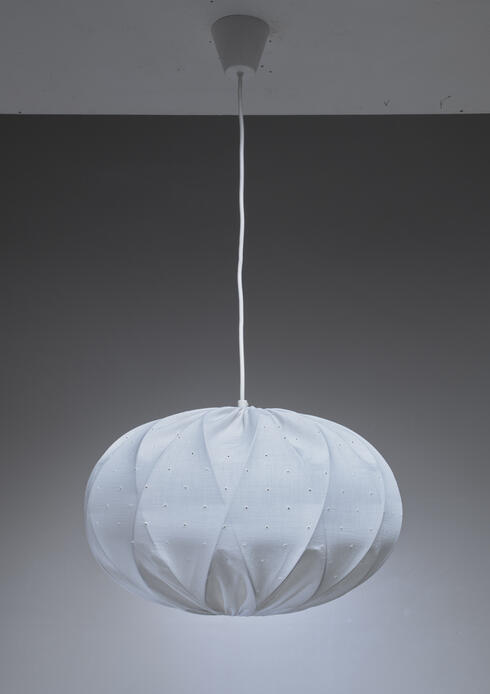 Bloomberry - Tore Ahlsén white cotton pendant lamp, Sweden
