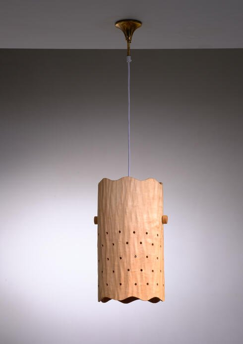 Bloomberry - Carved birch pendant lamp, Finland