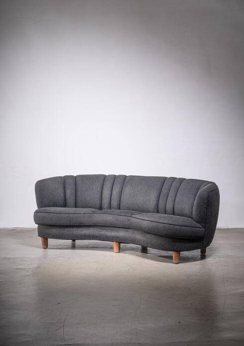 Bloomberry - Curved Scandinavian Modern sofa with anthracite wool upholstery