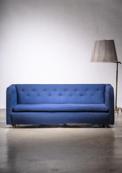 Bloomberry - Erik Møller freestanding three-seater sofa