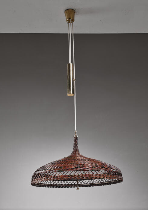 Bloomberry - Woven rattan pendant lamp with brass counterweight, 1960s
