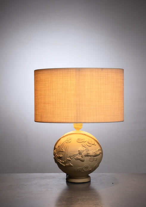 Bloomberry - A.E. Lindskog sculpted plaster Swedish Grace table lamp