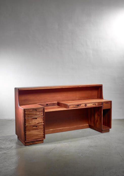 Bloomberry - Unique and Large Jim Sweeney Wooden Studio Craft Desk, USA, 1970s