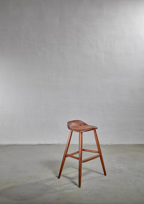 Bloomberry - Hugh Davies Walnut Studio Crafted Bar Stool, USA, 1970s
