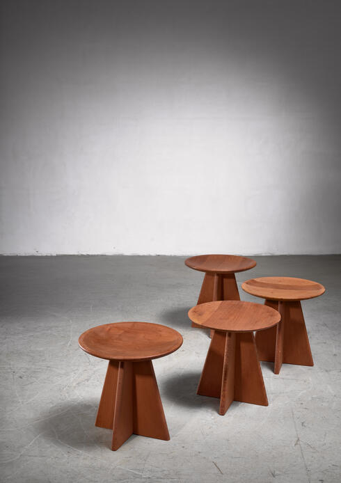 Bloomberry - Set of four pine cruciform stools