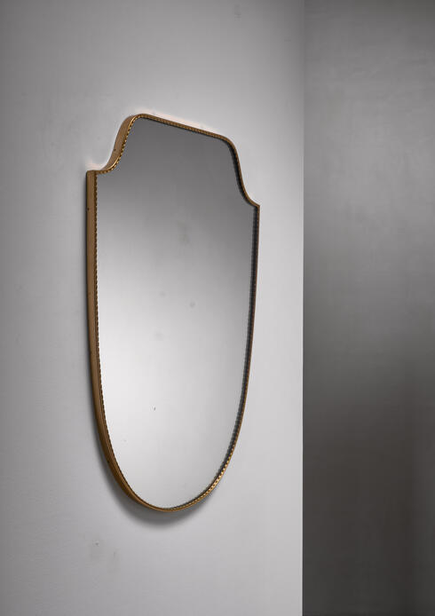 Bloomberry - Wall mirror with beaded brass frame