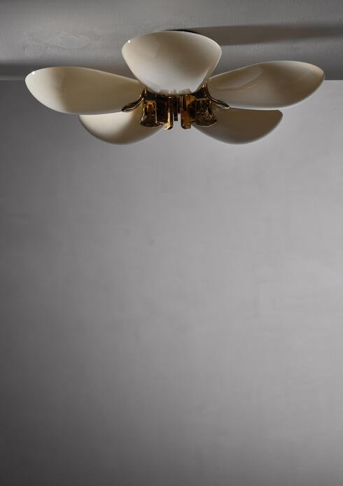 Bloomberry - Large brass and opaline glass  flush mount with 5 shades