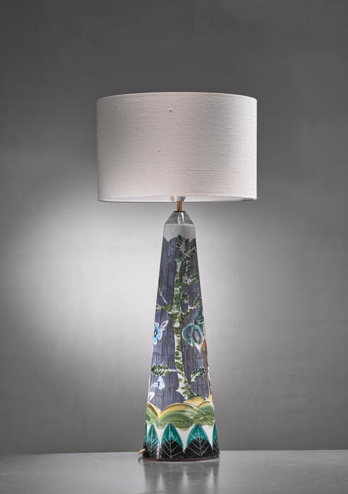 Bloomberry - Sgrafitto floor lamp decorated by Marian Zawadski for Tilgmans