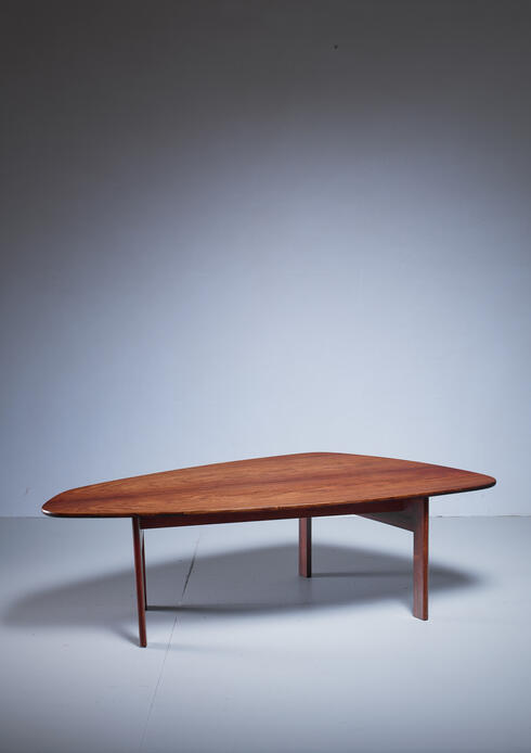 Bloomberry - Large free-form Danish coffee table, 1960s