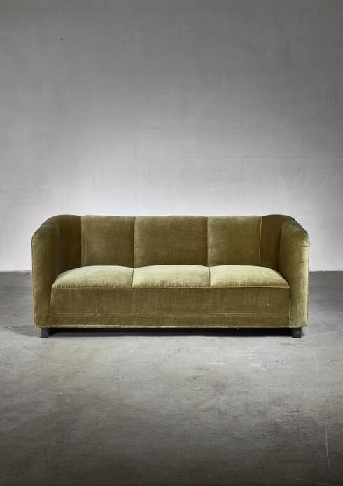 Bloomberry - Ole Wanscher green velour sofa for Fritz Hansen, Denmark