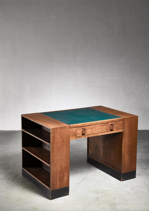 Bloomberry - Willem Penaat oak desk for Metz & Co, 1925