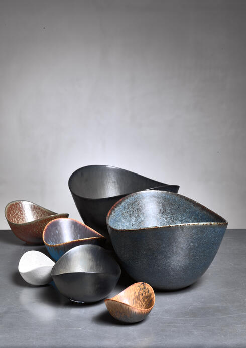 Bloomberry - Collection of seven Gunnar Nylund ceramic bowls for Rörstrand, Sweden, 1950s