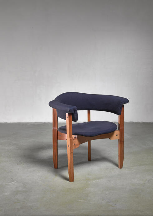 Bloomberry - Fulvio Raboni armchair with purple upholstery, Italy, 1960s