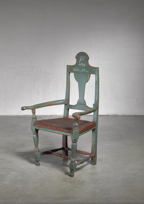Bloomberry - Danish folk art chair from 1782