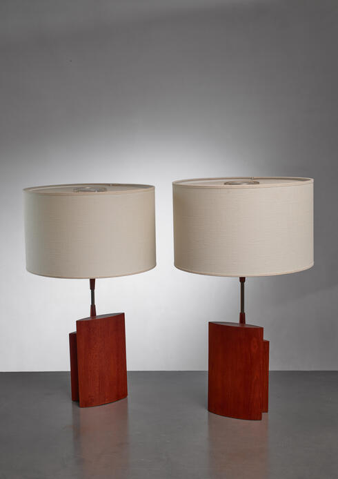 Bloomberry - Pair of table lamps with two ellipsoid wood parts and brass stem, Denmark, 1960s