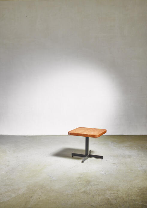 Bloomberry -  Charlotte Perriand small height-adjustable table, 1960s
