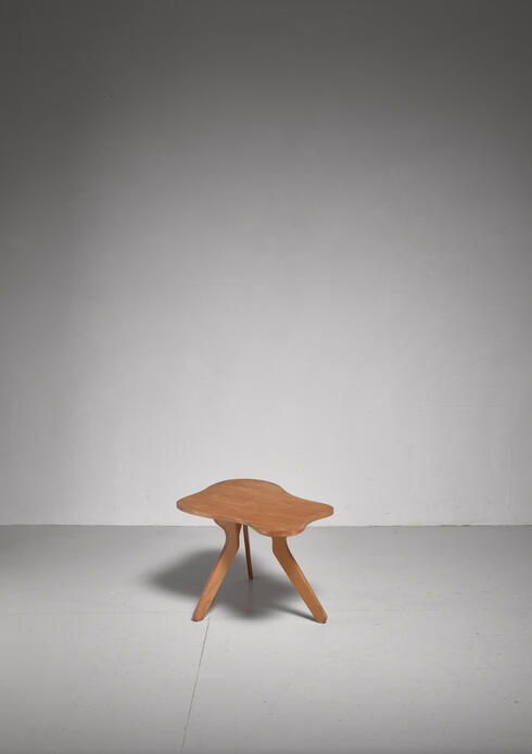Bloomberry - José Zanine Caldas free form plywood coffee table, Brazil, 1950s