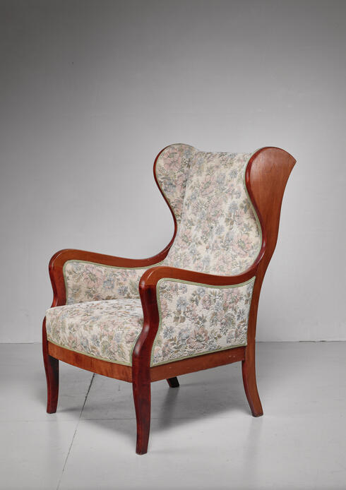 Bloomberry - Frits Henningsen wingback lounge chair, Denmark, 1940s