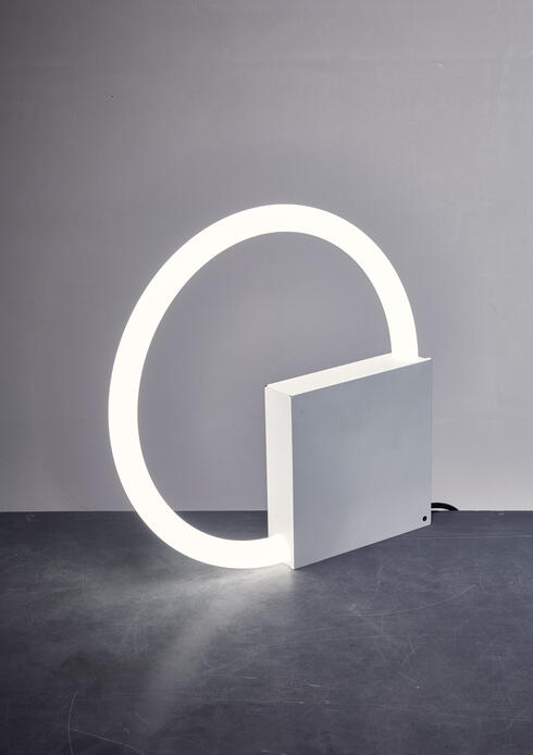 Bloomberry - Aldo van den Nieuwelaar TC6 table or wall  lamp, Dutch, 1960s
