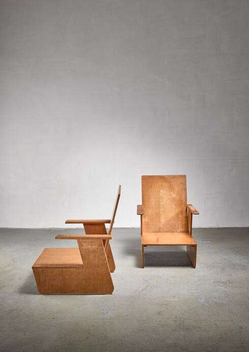 Bloomberry - Pair of De Stijl era chairs, Dutch