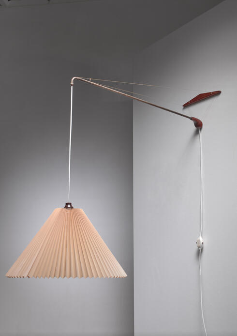 Bloomberry - Swiveling and height-adjustable Danish wall lamp, 1960s