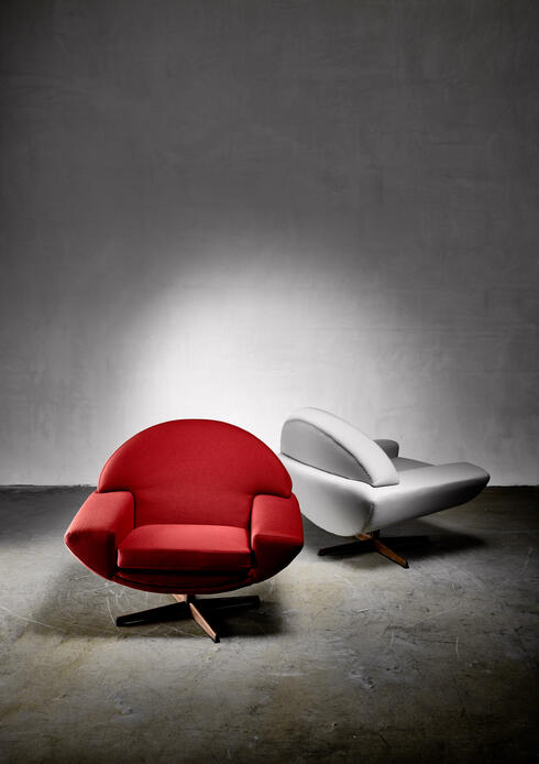Bloomberry - Johannes Andersen pair of 'Capri' lounge chairs for Trensum, 1960s