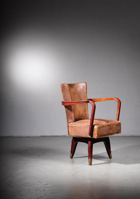 Bloomberry - Leon Jallot swiveling desk chair, France, 1930s