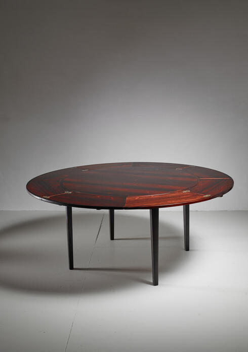 Bloomberry - Dyrlund flip-flap Lotus dining table, Denmark, 1960s