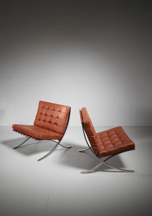 Bloomberry - Pair original Barcelona chairs, 1st Knoll edition, 1950s
