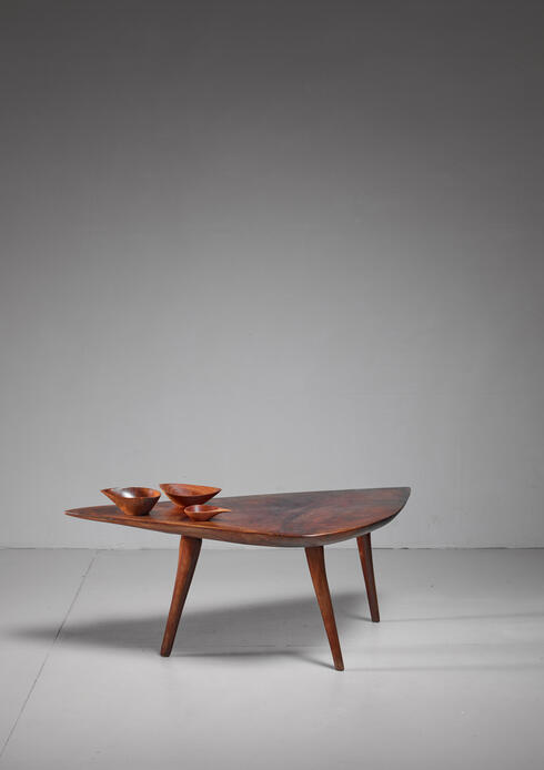 Bloomberry - Emil Milan Freeform root wood coffee table, USA, 1960s