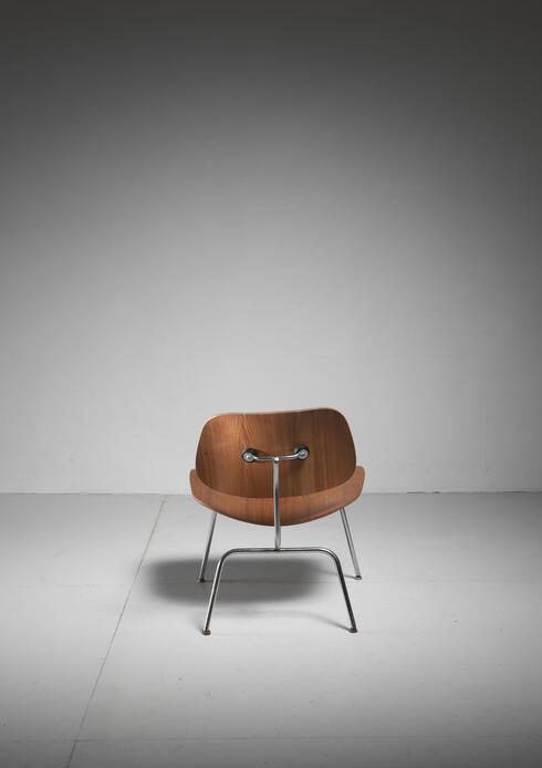Bloomberry - LCM chair in walnut by Charles Eames for Herman Miller, 1950s