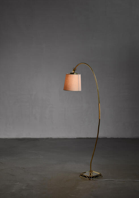 Bloomberry - Paavo Tynell floor lamp for Idman, 1950s