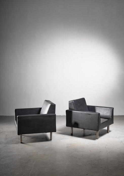 Bloomberry - Pair of club chairs by Theo Ruth for Artifort, 1950s
