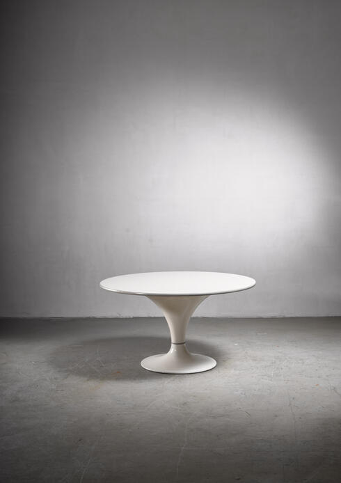 Bloomberry - Herman Miller round dining table