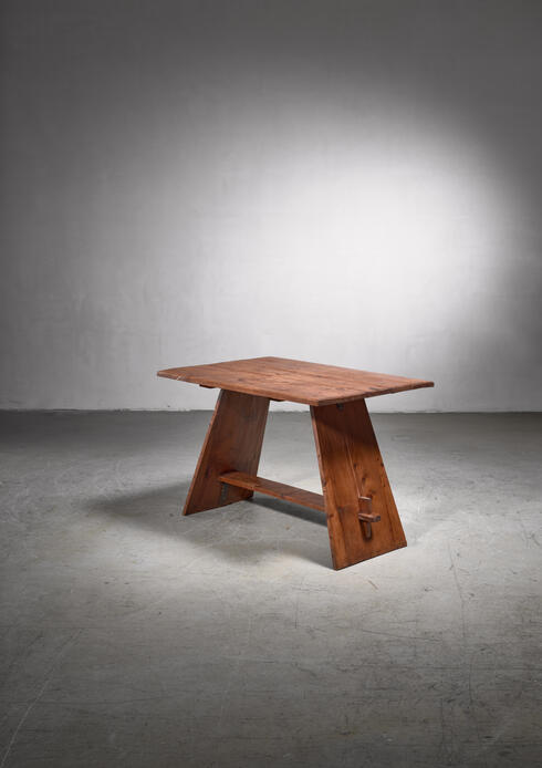 Bloomberry - B.J. Koldeweij pine coffee table