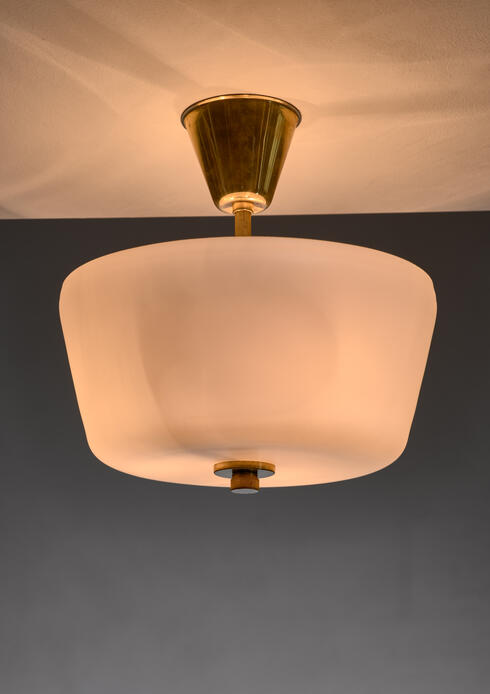 Bloomberry - White fabric and glass flush mount lamp