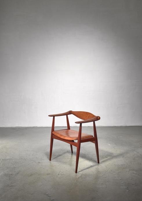 Bloomberry - Hans Wegner CH-34  or 'Yoke' chair for Carl Hansen
