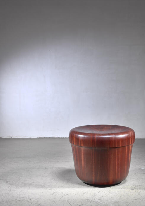 Bloomberry - Barrw - a Hozan Zangana stool or side table, Dutch, 2020