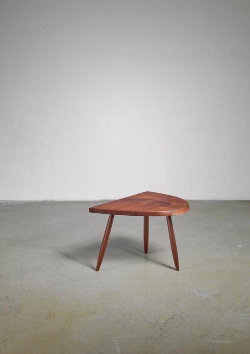 Bloomberry - Phillip Lloyd Powell Studio Craft Walnut Side Table, USA, 1960s