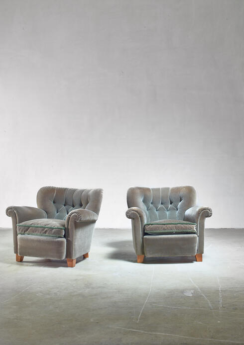Bloomberry - Pair of fresco green lounge chairs, Finland, 1940s