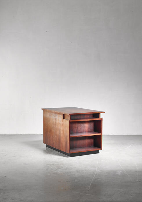 Bloomberry - J.A. Muntendam desk and stool, Dutch, 1920s/30s