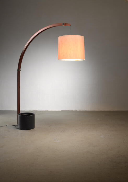 Bloomberry - Teak and metal extendable arched floor lamp