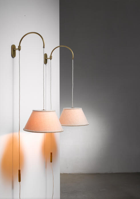 Bloomberry - Gino Sarfatti pair of wall lamps with counterweight, Italy