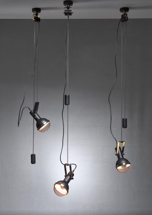 Bloomberry - Set of three Oscar Torlasco pendants with counterweight