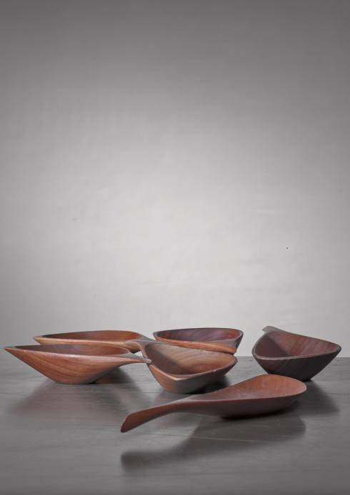 Bloomberry - Emil Milan set of six carved bowls, USA, 1960s
