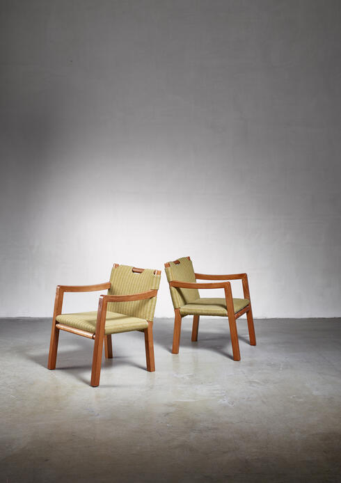 Bloomberry - Tove & Edvard Kindt-Larsen pair of chairs, Denmark, 1930s